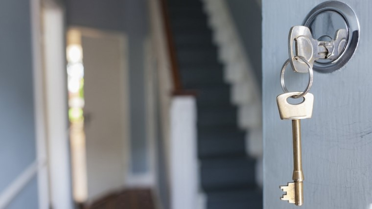 factors of hiring local locksmith