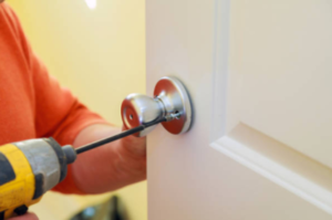 Hiring Professional Locksmith Services